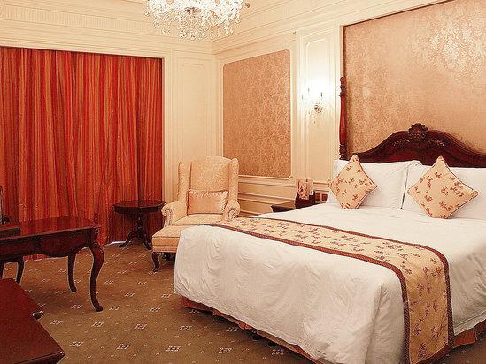 广州九龙湖公主酒店皇室花园套房