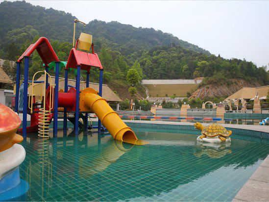 韶关新丰云天海温泉度假村儿童水上乐园