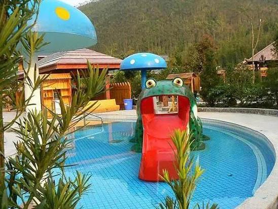 韶关新丰江源温泉度假山庄儿童池