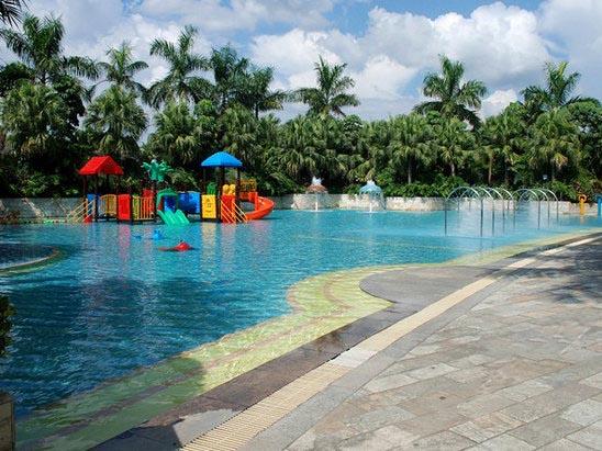 清远聚龙湾天然温泉度假村儿童水上乐园