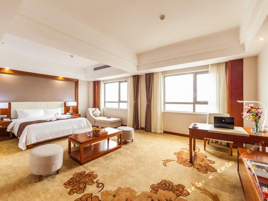 海口香江国际温泉大酒店豪华行政大床房