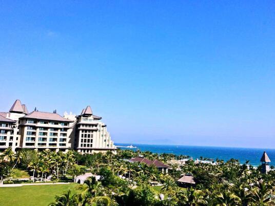海南雅居乐莱佛士酒店外景