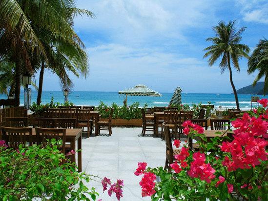 三亚南中国大酒店海边餐厅