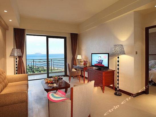 三亚辰光克拉码头酒店豪华海景套房