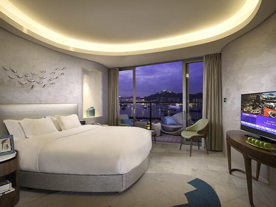 三亚凤凰岛度假酒店豪华海景房