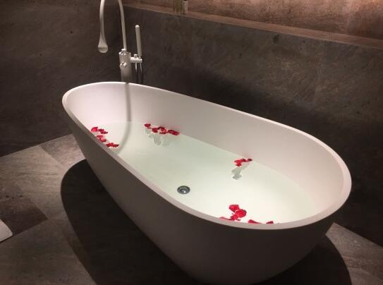 三亚海棠湾红树林度假酒店浴缸