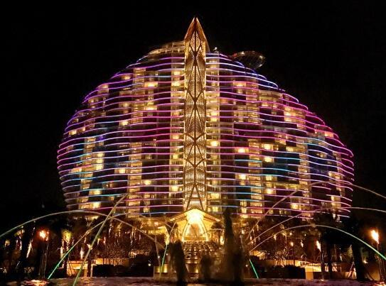 三亚海棠湾红树林度假酒店夜景