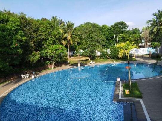 儋州蓝洋温泉度假村游泳池