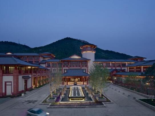 北京海湾半山温泉酒店外观