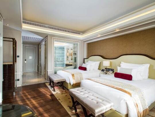 北京海湾半山温泉酒店豪华房