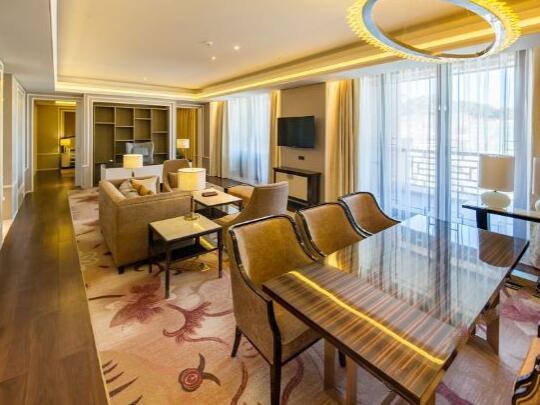 北京海湾半山温泉酒店客厅