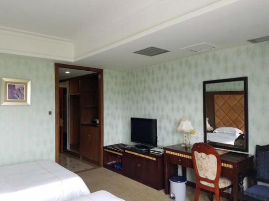 广州增城高滩温泉度假酒店C栋双人温泉房
