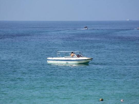 三亚哈曼度假酒店游艇